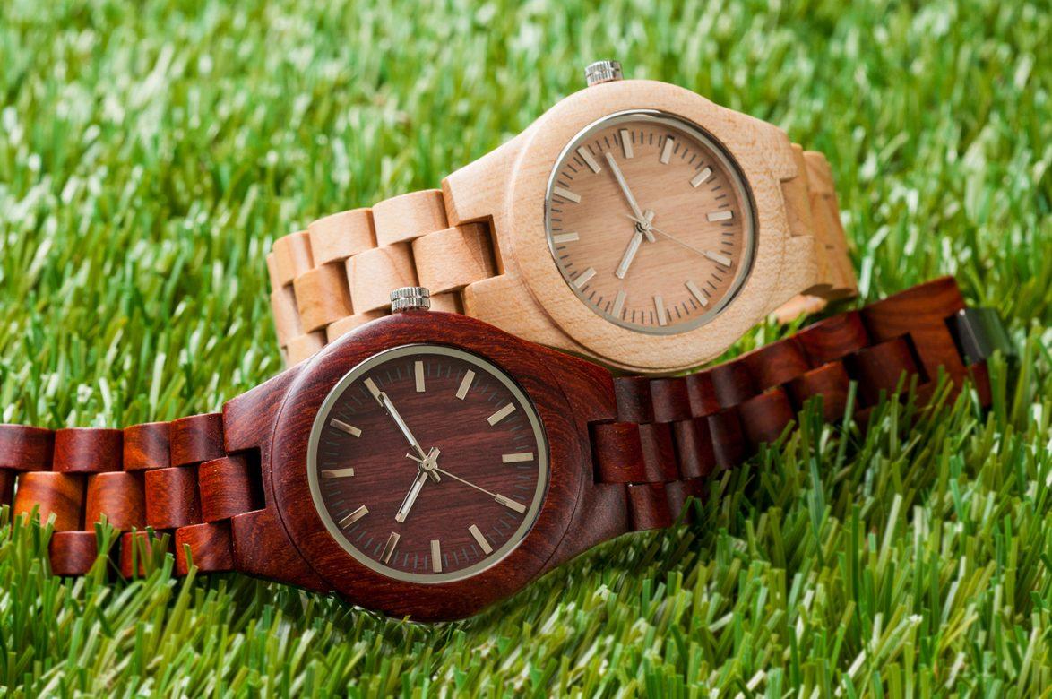 Produzione di orologi in legno naturale - Greenwood